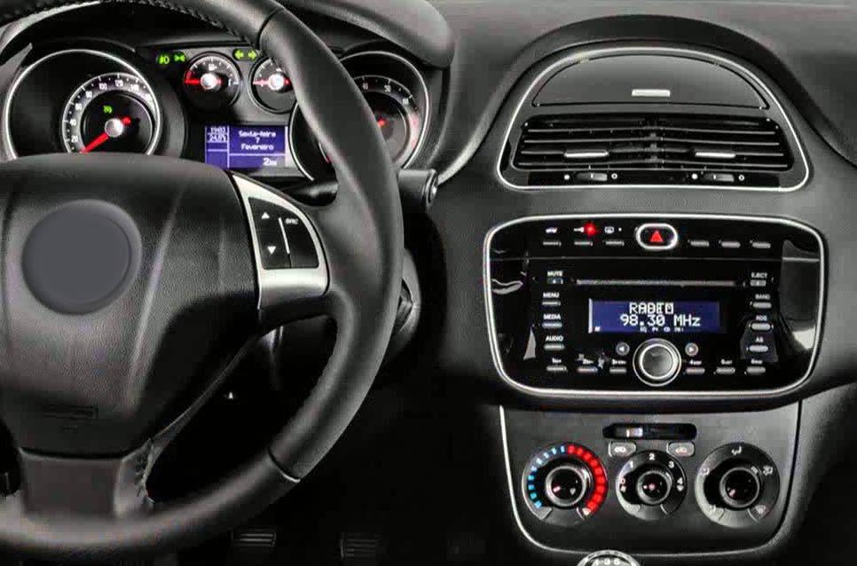 Fiat Punto factory radio