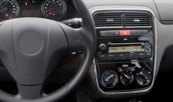 Fiat Linea factory radio