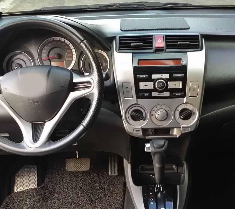 Honda City 2008-2013 factory radio