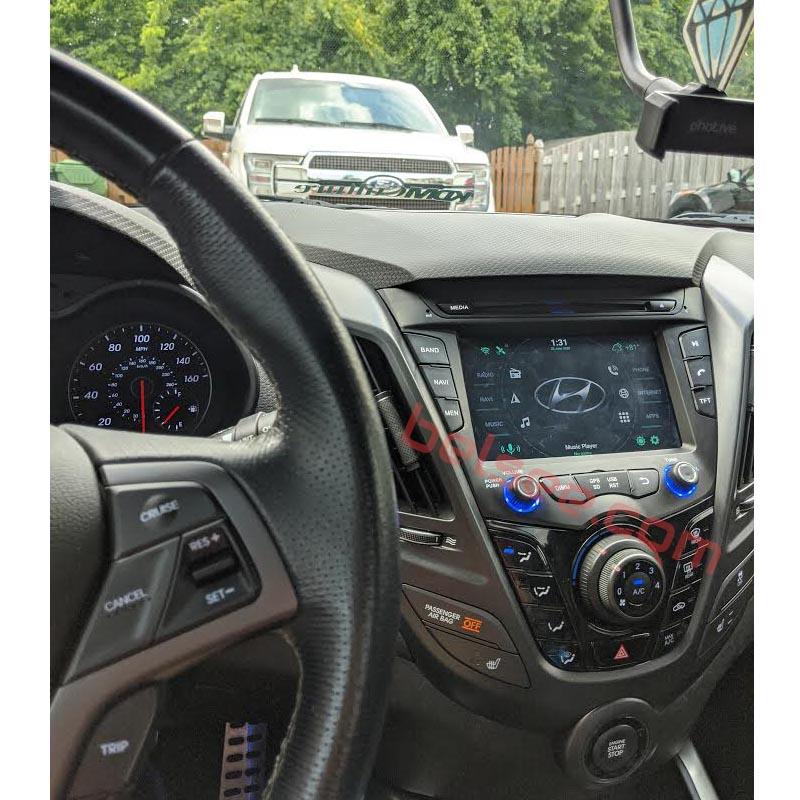 Hyundai Veloster radio