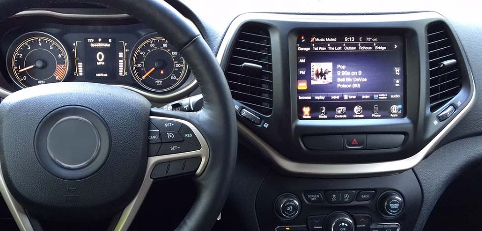 Jeep Grand Cherokee / Cherokee 2014 2015 2016 2017  factory radio