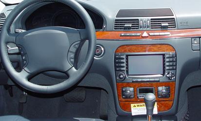 Mercedes-Benz S-Class factory radio