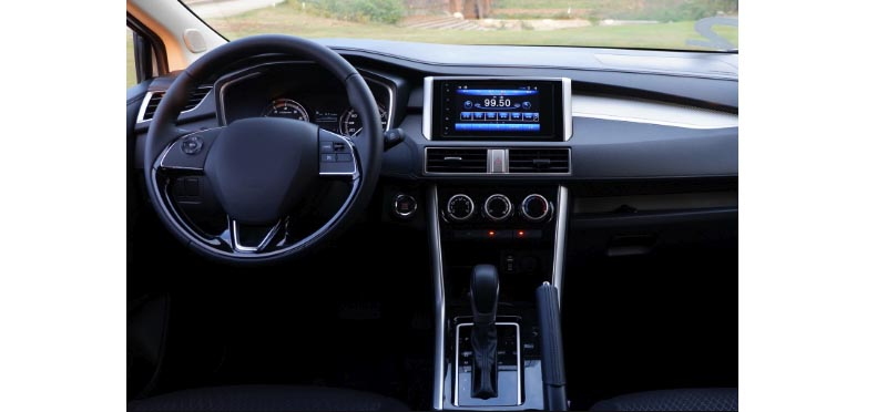 Mitsubishi Xpander 2017 2018 2019 2020 factory radio