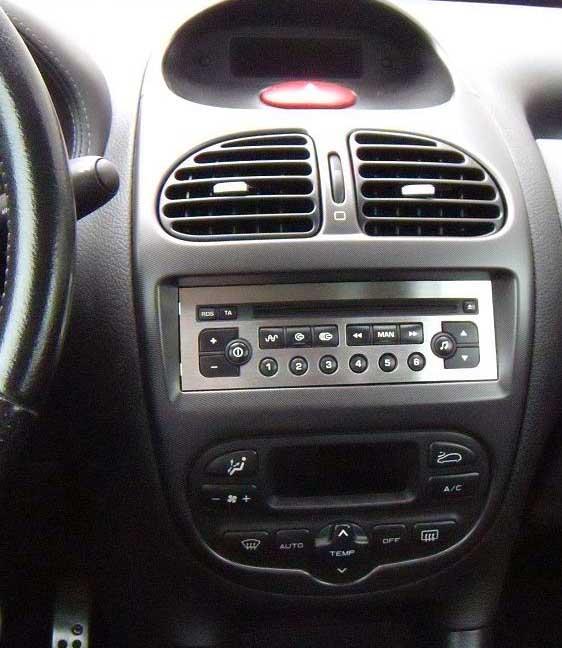 Peugeot 206 1998-2009factory radio