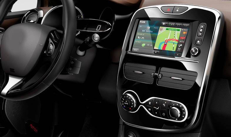 Renault Clio factory radio