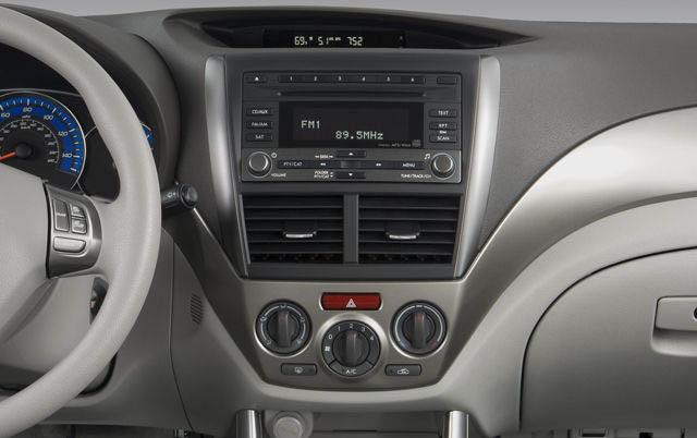 Subaru Forester 3 SH WRX Impreza GH GE 2007-2013 factory radio