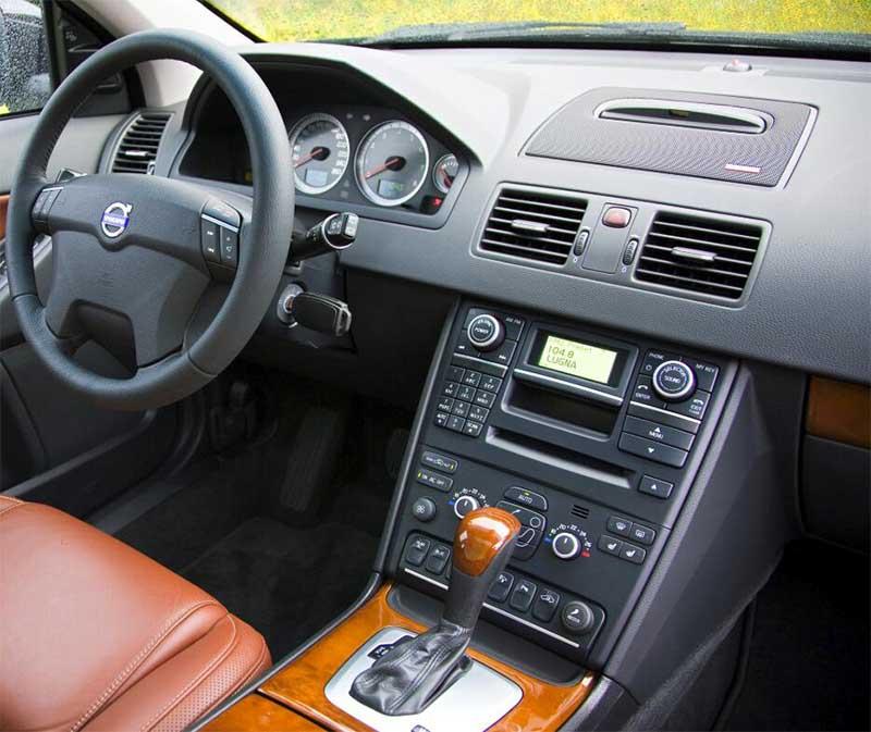 Volvo XC90 2003-2014 factory radio