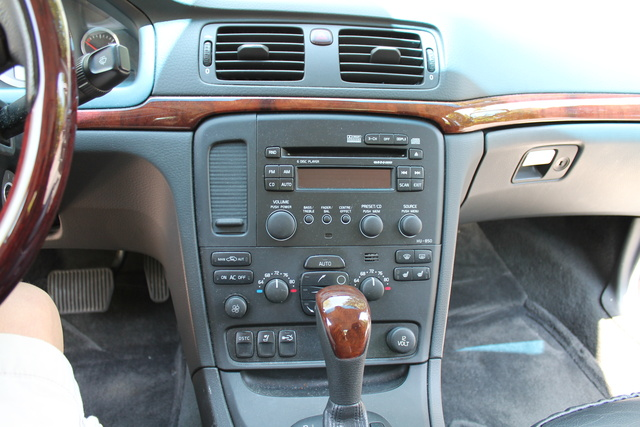 Volvo S80 1998-2006 factory radio