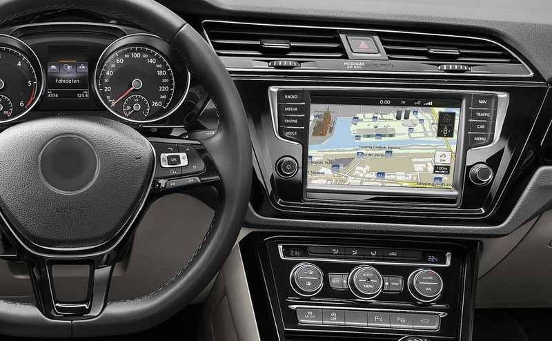 Volkswagen VW Touran 2015 2016 2017 2018 2019 factory radio